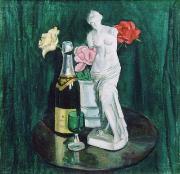 Венера и розы