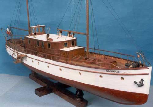 Модель яхты «Canelle»