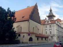 Староновая синагога в Праге, куда заходили Ильф и Петров