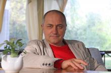 Вітаємо із днем народження голову дорослого професійного журі кінофестивалю NEXT Віктора Андрієнка