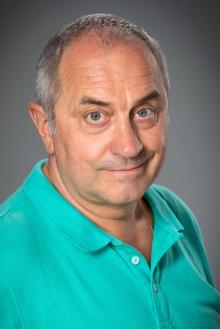 Голова професійного дорослого журі, Заслужений артист України, режисер, сценарист, продюсер, письменник Віктор Андрієнко