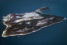 Тюрьма на острове Бастой. Фото: Grim23 / Wikipedia