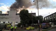 Фото из Twitter лондонской противопожарной службы