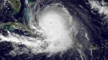 Ураган «Хоакин», вид из космоса