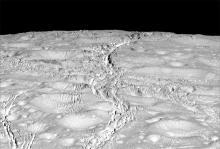 Трещины на Энцеладе. Фото NASA