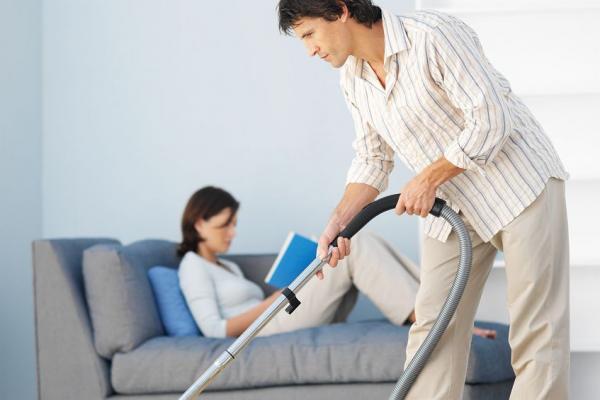 Как научить мужа помогать жене