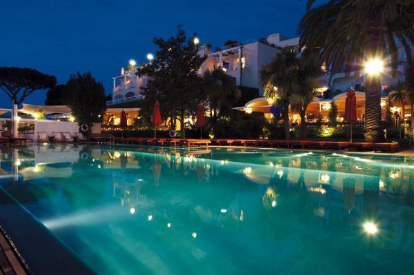 Простой однозвездочный отель отзыв о Hotel Arian Париж