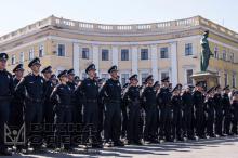 Одесские полицейские принимают присягу. Фото Олега Владимирского.