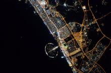 Ночной Дубай из космоса. Фото из Twitter Скотта Келли