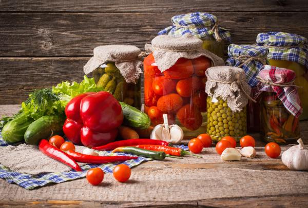 Люди, употребляющие консервированную пищу, могут иметь более здоровый рацион питания