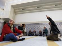 В мечети Страсбурга. Фото Reuters c сайта Русской службы Би-Би-Си