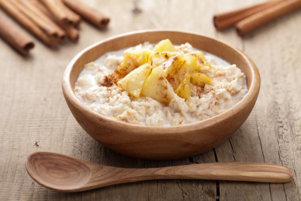 Диетологи доказали пользу завтрака и назвали лучшее время для первого приема пищи