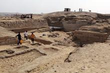 Раскопки в районе Абу Сейр. Фото: Asmaa Waguih / Reuters