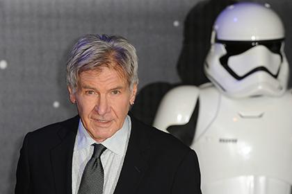 Насоздателей «Звездных войн» подали всуд из-за Харрисона Форда