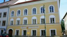 В гостинице «У померанца» семья Гитлера жила до 1892 года