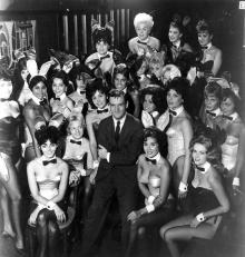 Хью Хефнер и модели Playboy. 1962 г.