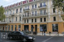 Отреставированный фасад Дома Райха, 2014 год. Фото Вячеслава Тенякова.