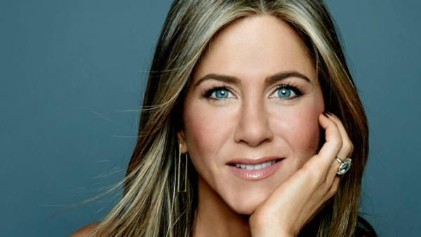 Журнал People определил самую красивую женщину мира