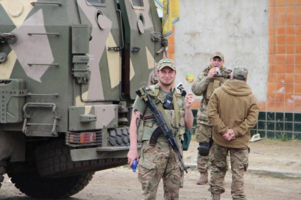 Саакашвили назвал причину ухода Яценюка из руководства