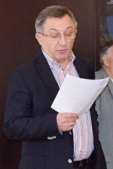 Рецензент Николай Базан