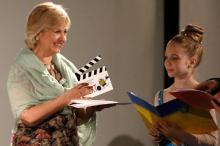 Председатель БФ «Відкрита Україна» (Кировоград) Виктория Вагжанова получат приз фильма ««Діти з особливими потребами»