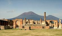 Развалины Помпеи. Фото с сайта thekonst.net