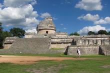 Храм-обсерватория в Чичен-Ице. Фото: Gerardo Aldana