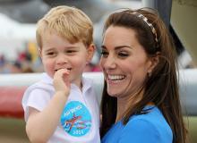 Герцогиня Кембриджская Кэтрин и принц Джордж