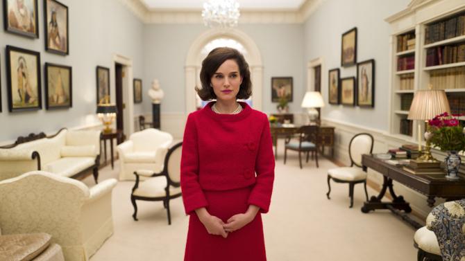 1-ый взгляд: Натали Портман вроли Джеки Кеннеди