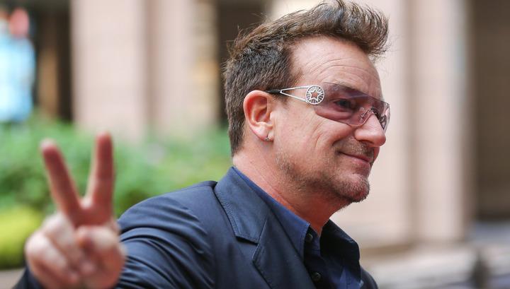 Лидер группы U2 стал дамой года поверсии Glamour