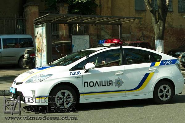Вцентре Одессы навзятке попались двое патрульных полицейских