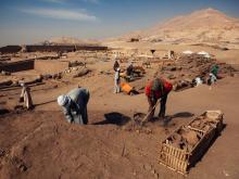 Раскопки в районе Луксора. Getty Images. Фото: Э.Гилес