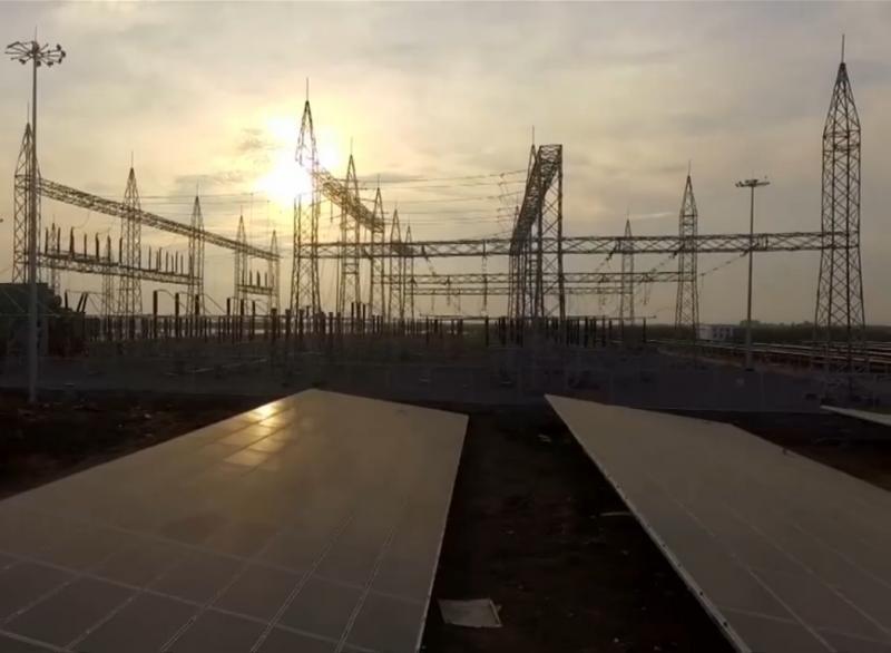 В Индии построили крупнейшую в мире солнечную электростанцию