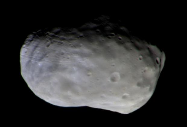 ЕКА получило снимок спутника Марса Фобоса саппарата Trace Gas Orbiter