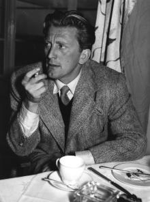 Кирк Дуглас в 1952 году
