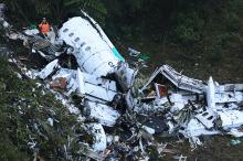 Потерпевший крушение самолет. Фото: Luis Benavides / AP