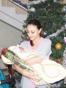 Первый новорожденный 2017 года с мамой. Фото: Официальный сайт Одессы