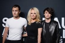 Памела Андерсон с сыновьями. Фото: wmj.ru