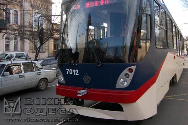 Осенью нынешнего 2017г вгосударстве Украина появится 1-ый электробус