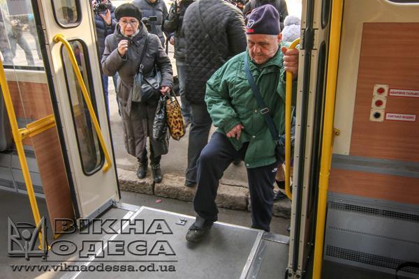 Электробус за12 млн запустят вОдессе осенью