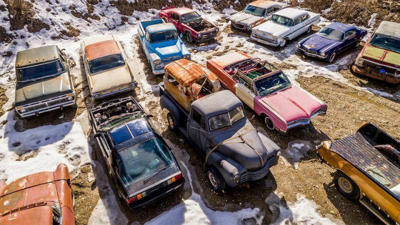 Автомобильное кладбище выставили на реализацию за млн. долларов
