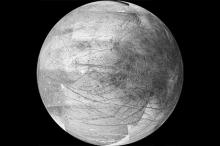 Европа. Фото: JPL / University of Arizona