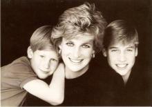 Принцесса Диана с сыновьями. Фото: newspotok.ru
