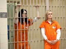 Кадр из сериала «Оранжевый — хит сезона»