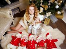 О. Кобелецкая с детьми. Фото с сайта газеты Факты и комментарии