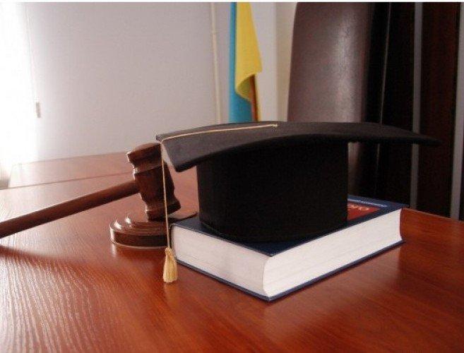 Суд расторгнул контракта нааренду одесского берега