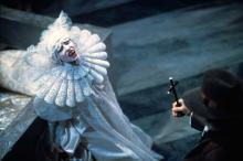 Кадр из фильма «Дракула» (1992)