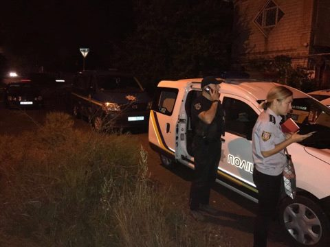ВОдессе неизвестные бросили гранату вокно дома, произошел взрыв