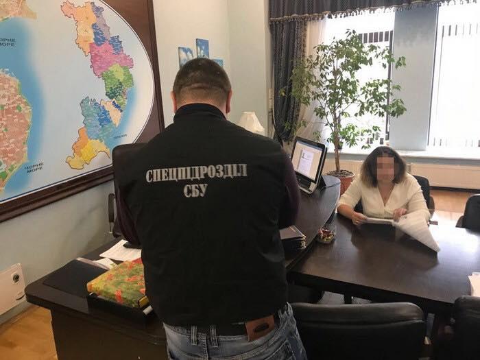СБУ подозревает вовзяточничестве руководство одесской дирекции «Укрпочты»