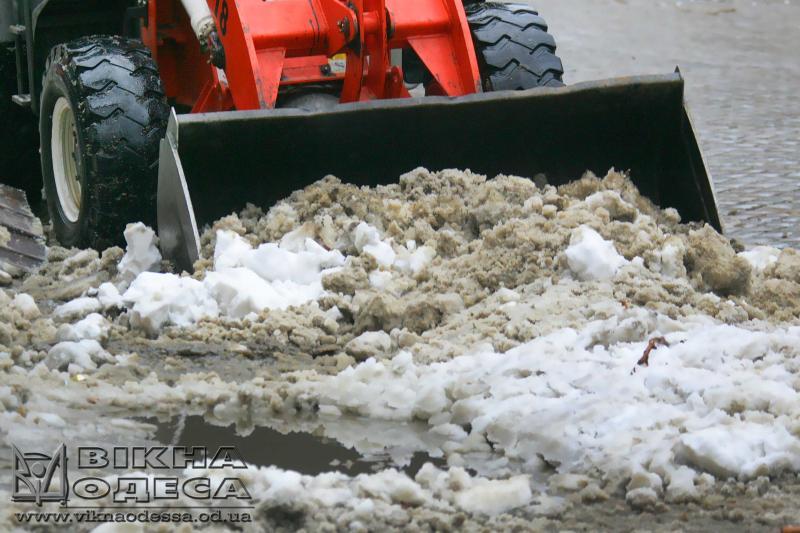 Скребки для уборки снега на ниву